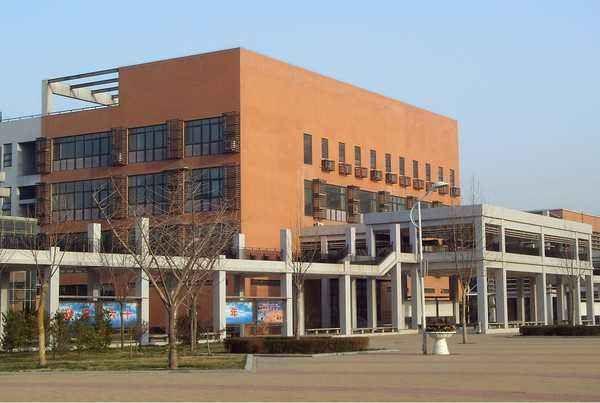 接连中标!河南郑州明新中学采购滤中滤开水器