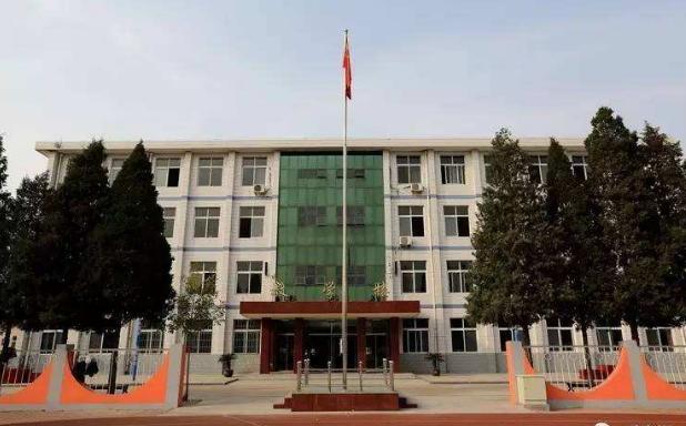 宁河区中等专业学校选中滤中滤开水器